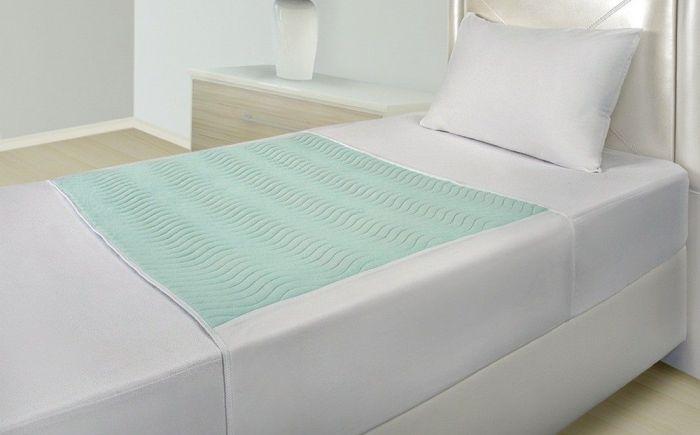 Wasbare matrasbeschermer met instopstroken - 75 x 90 cm.